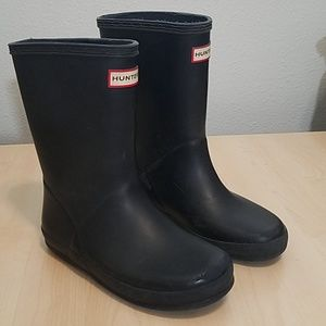 Hunter boots mismatched size 12 & 13